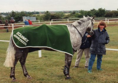 Caroline Saunders competing at the wales and west show 1990